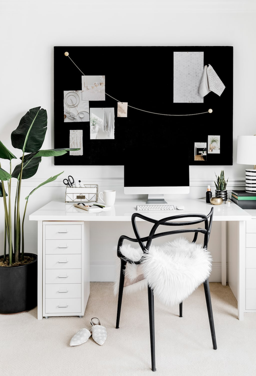 rejuvenate yourself - decorate your workspace